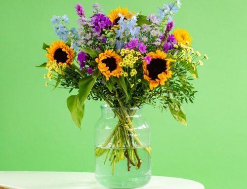 Vier verjaardagen met een bloemetje
